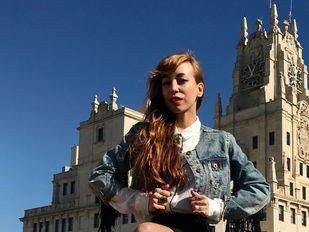 La perfecta mezcla de música electrónica y rap, en el nuevo álbum de Mónica Moss