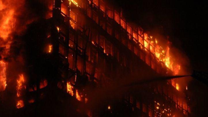 Villarejo niega su relación con el incendio del Windsor: