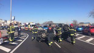 Accidente en el acceso de la estación de Hortaleza con la M-11.