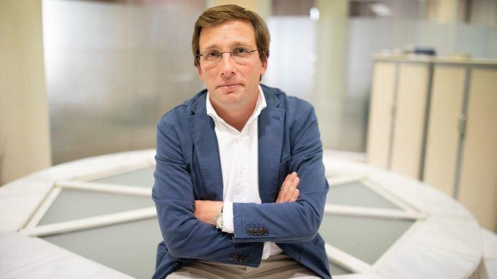 José Luis Martínez-Almeida será entrevistado en profundidad en Com Permiso.