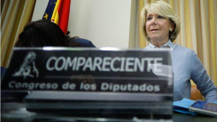 La expresidenta regional Esperanza Aguirre en una comparecencia.