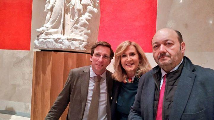 Com.Permiso desde el Prado con Martínez-Almeida.