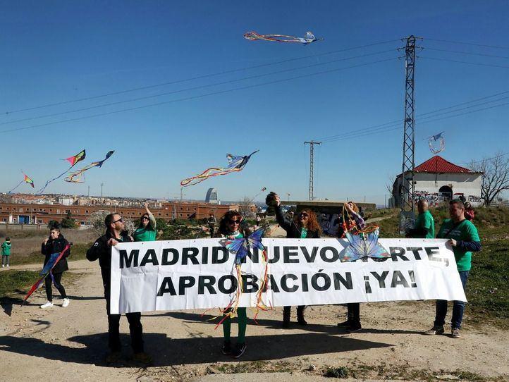 Fuencarral llena su cielo de cometas por Madrid Nuevo Norte