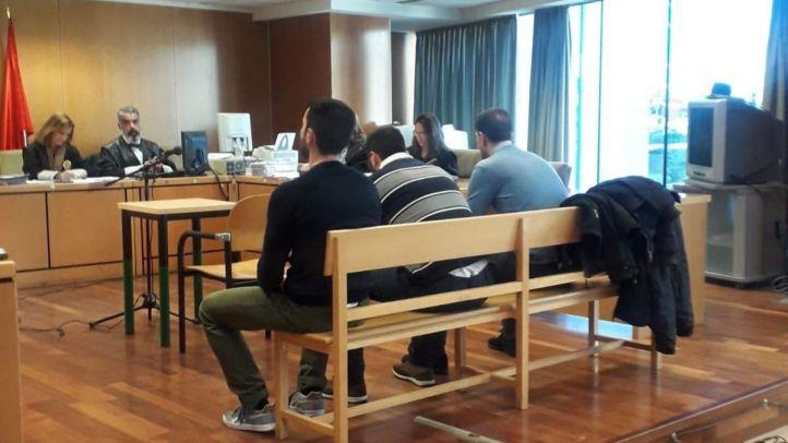 Entre 14 y 15 años de cárcel para la 'Manada de Villalba'