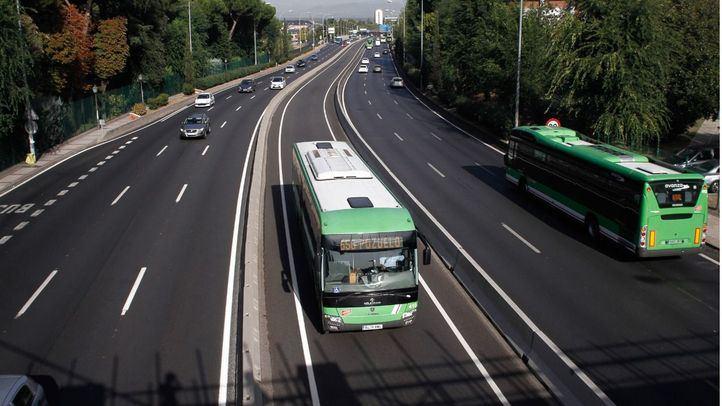 Bus VAO de la autovía A-6.