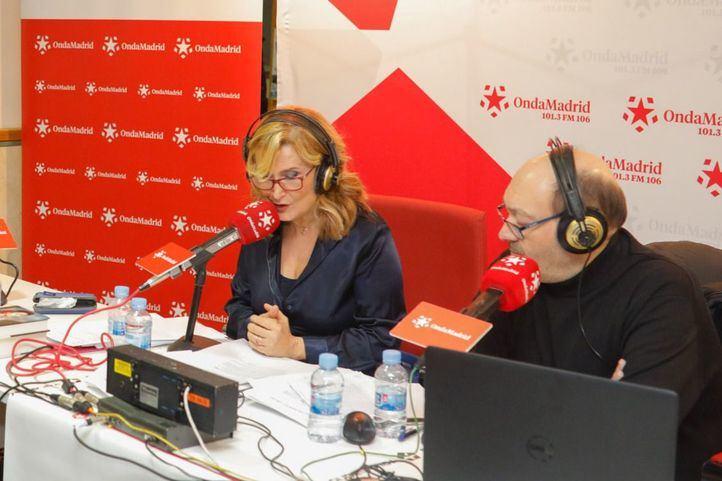 El doctor Gutiérrez Serantes y el periodista Luis Tortosa debaten desde la 'Complu'