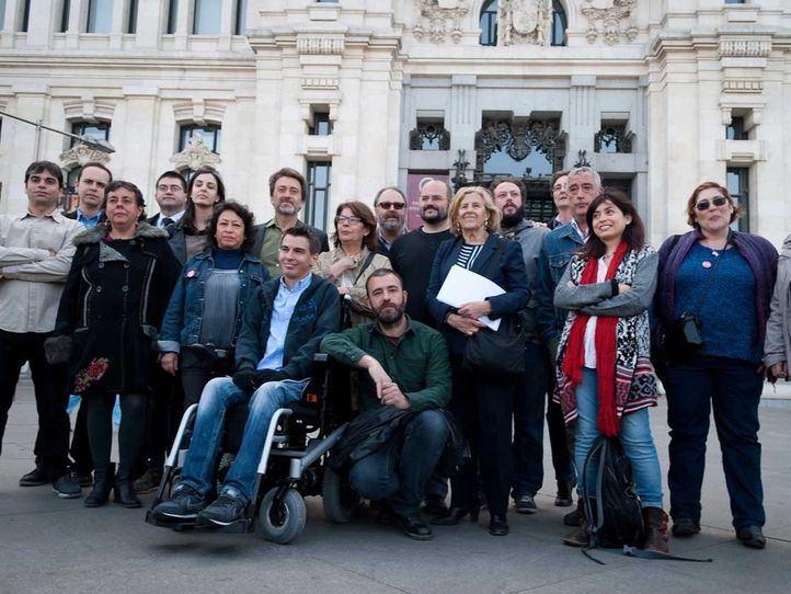 Carmena descarta a ocho de sus concejales y hace peligrar la paz en Ahora Madrid