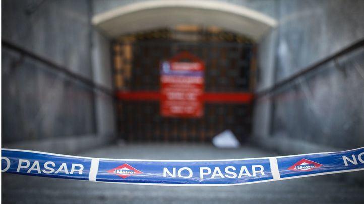 Cierre del tramo entre las estaciones de Sol y Retiro de la linea 2 de Metro por una incidencia en las obras de Canalejas.