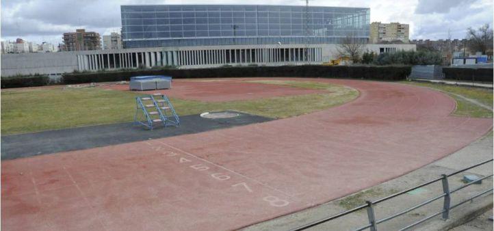 Detenidos por irregularidades en la construcción de un polideportivo