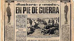Recorte de prensa con la noticia sobre la pelea entre mods y rockers a las puertas de la sala Rock-ola, lo que motivó su cierre.