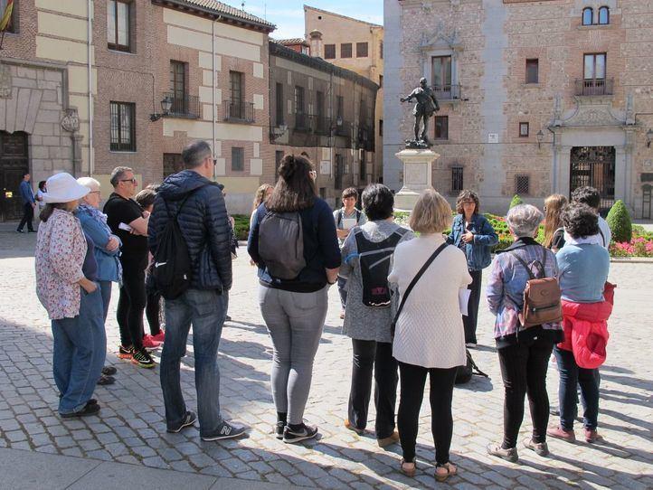 Paseos urbanos con historia y mirada feminista