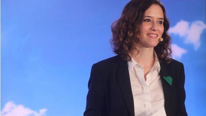 La candidata popular a la Comunidad de Madrid ha presentado a los cabezas de lista para los municipios de la Sierra Oeste