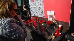 Ofrenda floral en la estación de Atocha por las víctimas de los atentados del 11M.