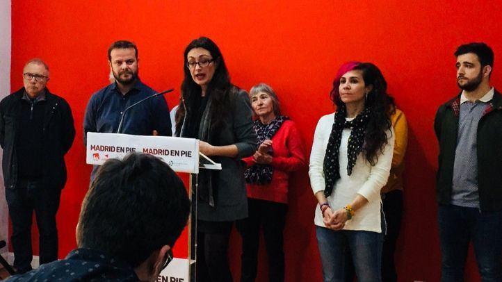 Sol Sánchez y Raúl Camargo, en la presentación de la asamblea de este domingo que decidirá el nombre y el modelo de primarias de la candidatura conjunta entre IU y Anticapitalistas.