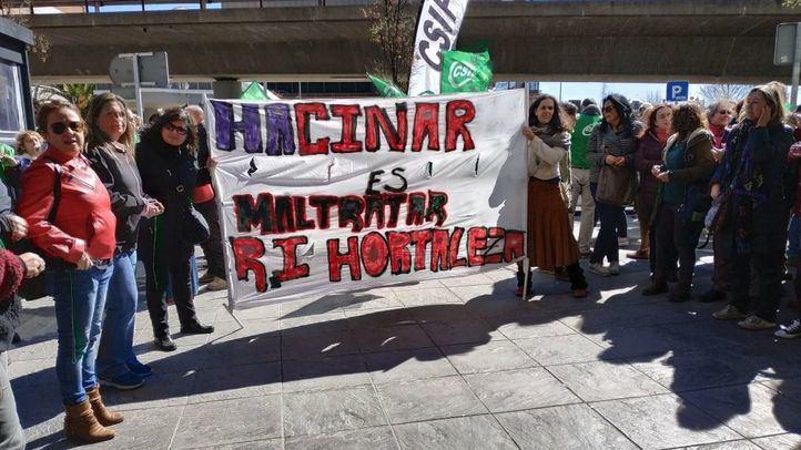 Los trabajadores de Hortaleza se concentran: