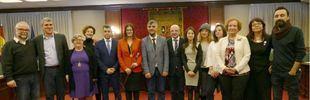 La alcaldesa de Móstoles, Noelia Posse, junto a varios concejales en su investidura.