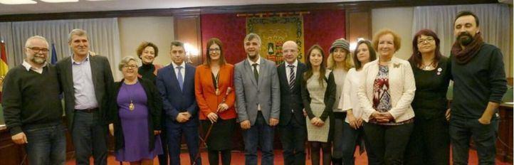 Renuncian seis miembros de la lista del PSOE en Móstoles