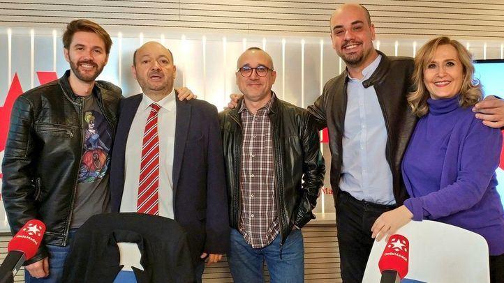Ferrán Boiza y Carlos Hidalgo, periodistas de El Mundo y ABC en la tertulia política Com.Permiso de Constantino Mediavilla en Onda Madrid