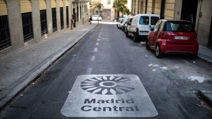 Señalización en la zona delimitada como Madrid Central.