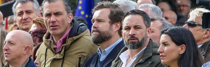 Abascal, Ortega y Espinosa encabezan la lista de Vox al Congreso por Madrid