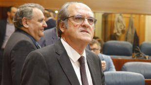 Las encuestas dan la victoria a Gabilondo en las elecciones