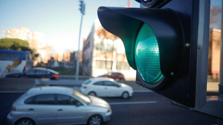 Los semáforos de la A5 funcionan desde el 26 de febrero.