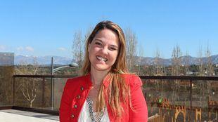 La candidata popular es Licenciada en Ciencias Políticas y de la Administración por la Universidad Complutense, tiene un Máster Universitario para la enseñanza en ESO y Bachillerato en inglés por la Universidad Francisco de Vitoria y habla inglés e italiano.