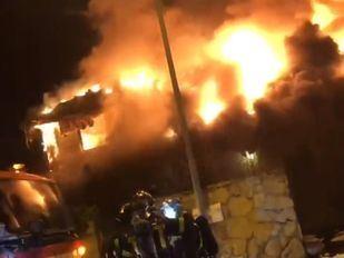 Extinguido un incendio por ocho dotaciones de bomberos