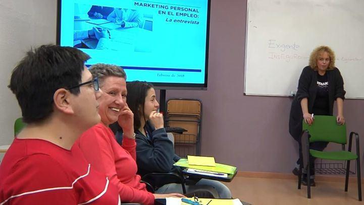 Foto de archivo de uno de los  taller de empleabilidad para personas con diversidad funcional del Grupo Integra CEE.