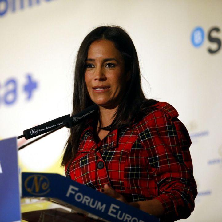 Begoña Villacís,portavoz de Ciudadanos en el Ayuntamiento de Madrid, ha sido la encargada de presentarle.