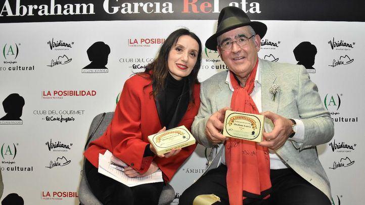 Personalidades conocidas como la cantante Luz Casal, estuvieron presentes en la presentación.