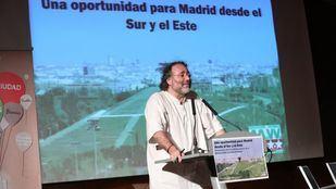 El presidente de la FRAVM, Enrique Villalobos, presenta el Presentado públicamente el documento estratégico de la Oficina del Sur y Este de Madrid.