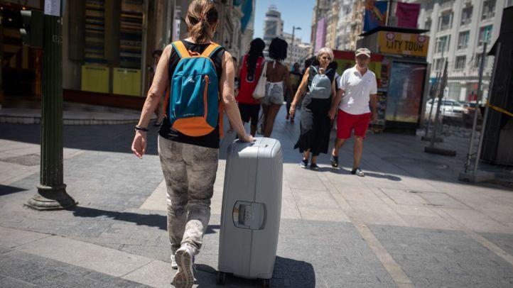 El órdago a los pisos turísticos ya es definitivo: acceso independiente y más control