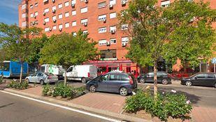 A la altura del número 44 de la calle Orovilla, cuatro personas resultaron heridas en la pelea a navajazos.