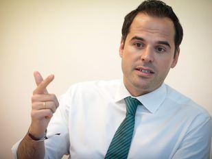 El candidato de Ciudadanos a la Presidencia de la Comunidad de Madrid, Ignacio Aguado, en un momento de su entrevista con 'Madridiario'.