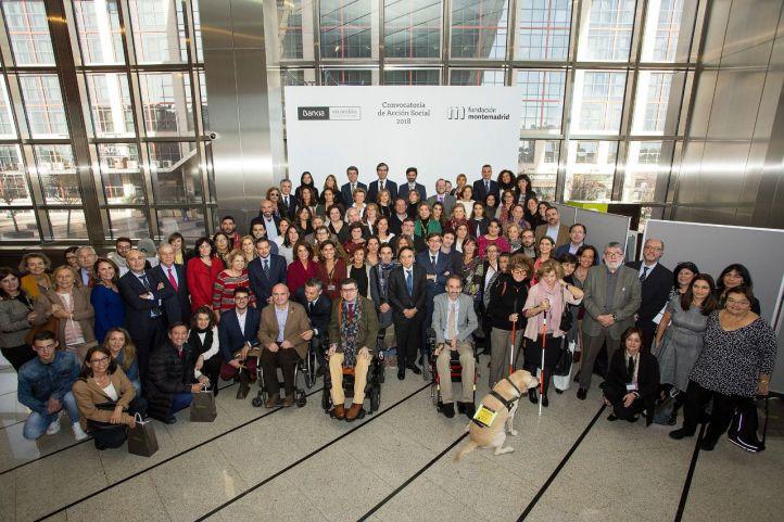 Foto de Familia del acto de entrega de la Convocatoria de Acción Social de la pasada edición.