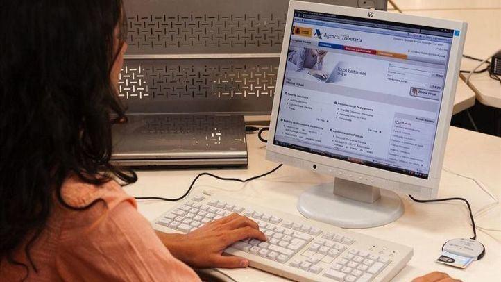 Realización de la declaración de la Renta a través de internet.