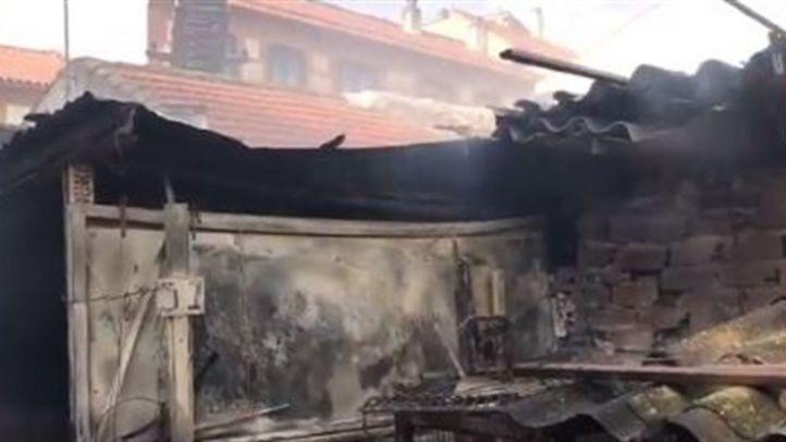 Extinguido un incendio en un patio interior de Torrejón de la Calzada