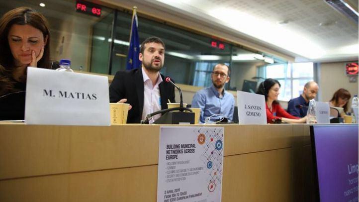 Jesús Santos, portavoz y candidato de Ganar Alcorcón, en las jornadas 'Construyendo redes municipalistas desde Europa' celebradas en Bruselas.