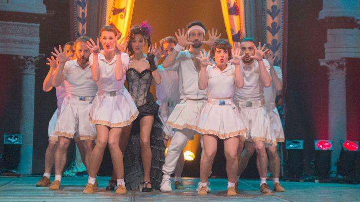 La opereta 'La Bella Helena' se representa en el Teatro Bellas Artes.