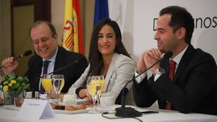 La candidata de Ciudadanos a la Alcaldía de Madrid participa en el desayuno informativo organizado por Excecutive Forum España, que ha sido presentado por el candidato de Ciudadanos a la Presidencia de la Comunidad de Madrid.