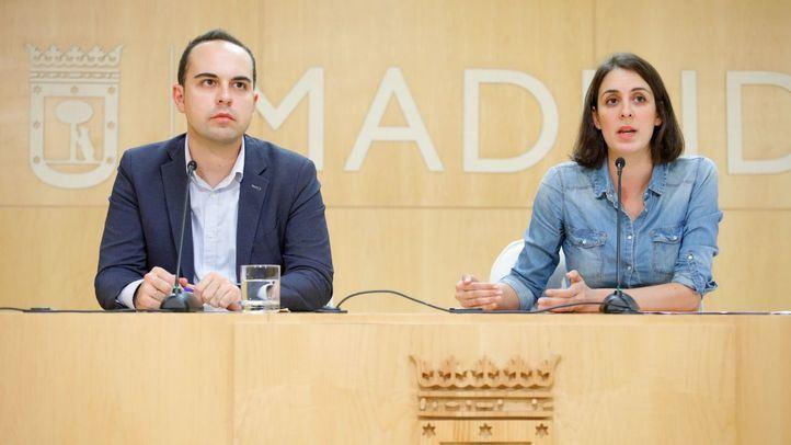 José Manuel Calvo y Rita Maestre, en una rueda de prensa.