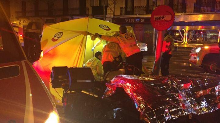 Una colisión acaba con la vida de un motorista en la glorieta de Bilbao