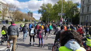 Más Madrid promete un carril bici en la Castellana para que sea