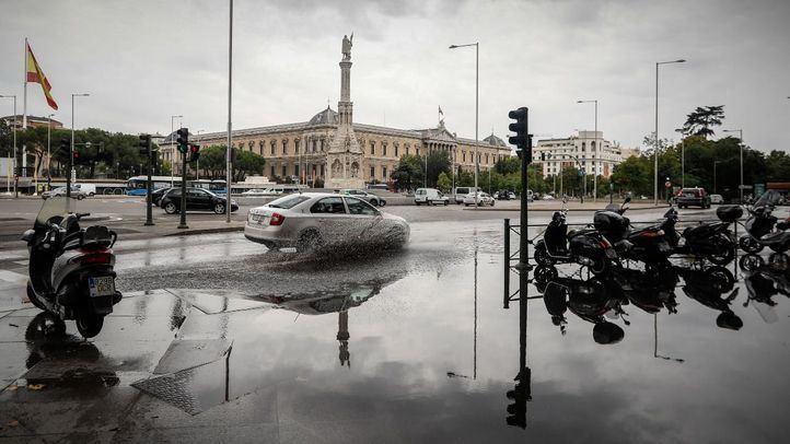 Madrid refuerza este lunes la gestión de tráfico por lluvia