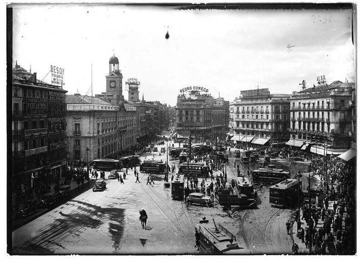 Puerta del Sol entre 1910 y 1935