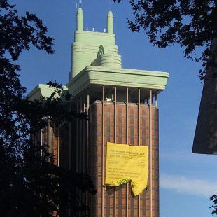 Greenpeace le pasa a políticos y empresas una