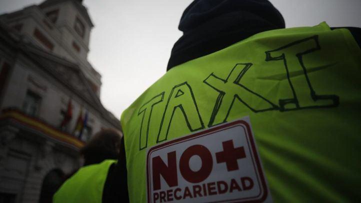 La cuestión de la definición de una uniformidad, unas pautas comunes de vestimenta que no implica un uniforme, es una de las exigencias de los colectivos profesionales del taxi para aumentar su competitividad y mejorar su imagen.