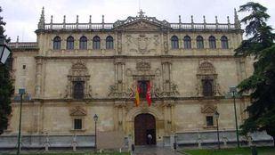 Fachada de la Universidad de Alcalá.