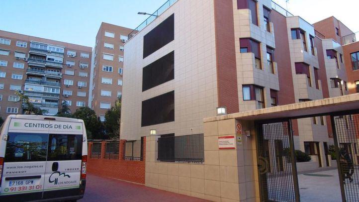 Residencia Los Nogales, en Hortaleza, donde dos ancianas han sufrido malos tratos por parte de tres trabajadores.